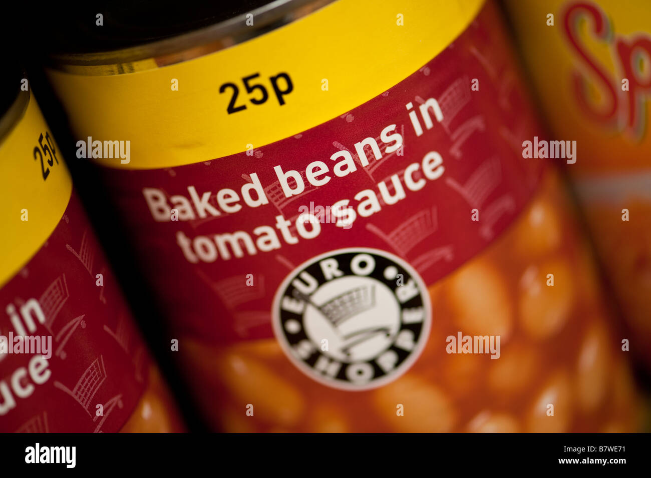 Tin cans of Own brand Euro Shopper cheap discount generic food on sale for 25p in a corner shop UK - Stock Image