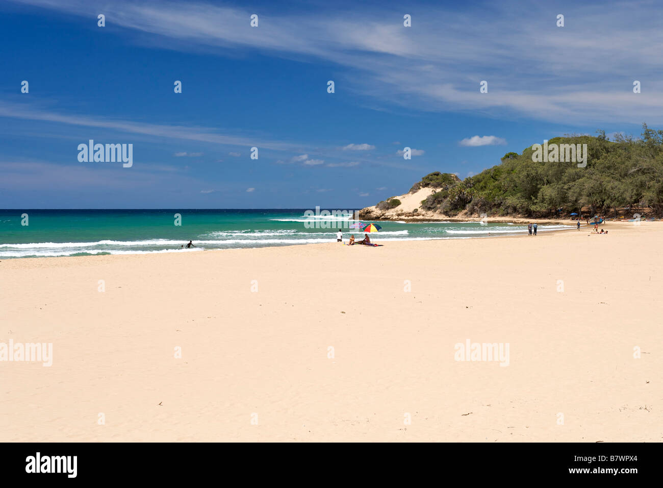 View of the beach and coast at Tofo in southern Mozambique. - Stock Image