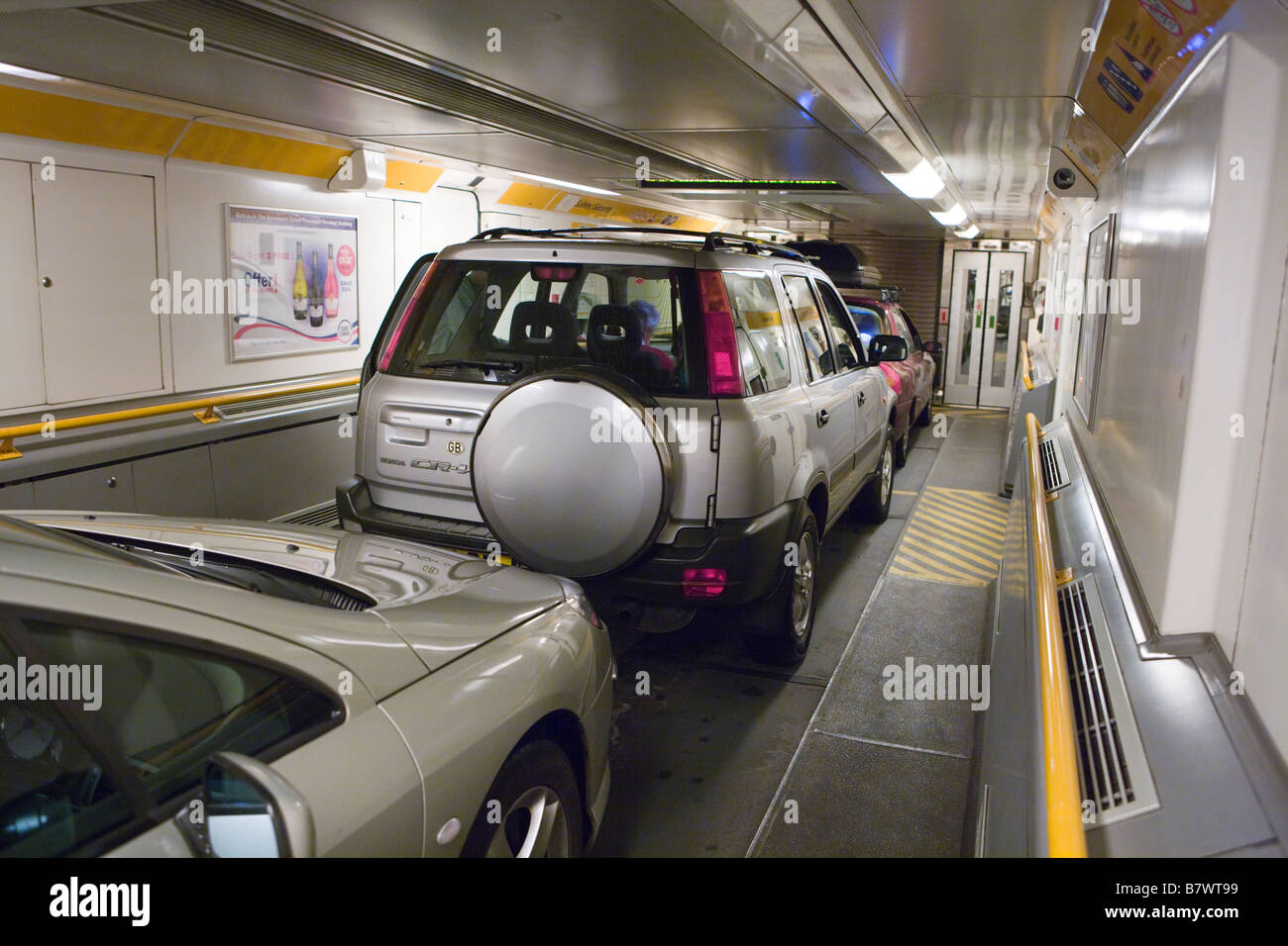 cars using eurotunnel le shuttle stock photo 22080837 alamy. Black Bedroom Furniture Sets. Home Design Ideas