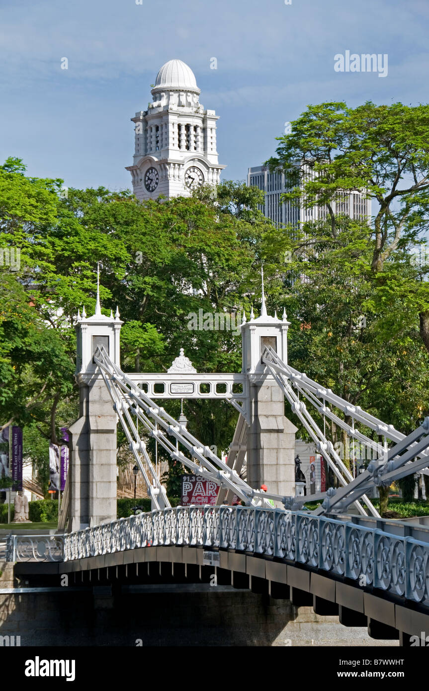 Anderson Bridge Singapore river Colonial District Raffles Landing site clock tower Stock Photo