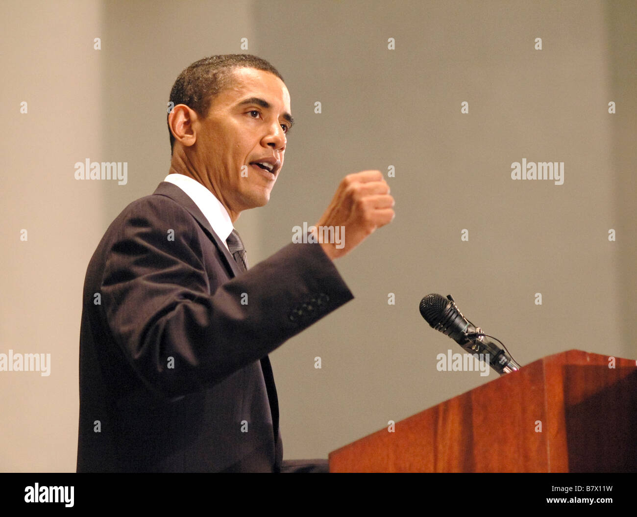 Barack Obama speaks on issues of faith and politics at the 2006 Sojourners conference held at National City Christian - Stock Image