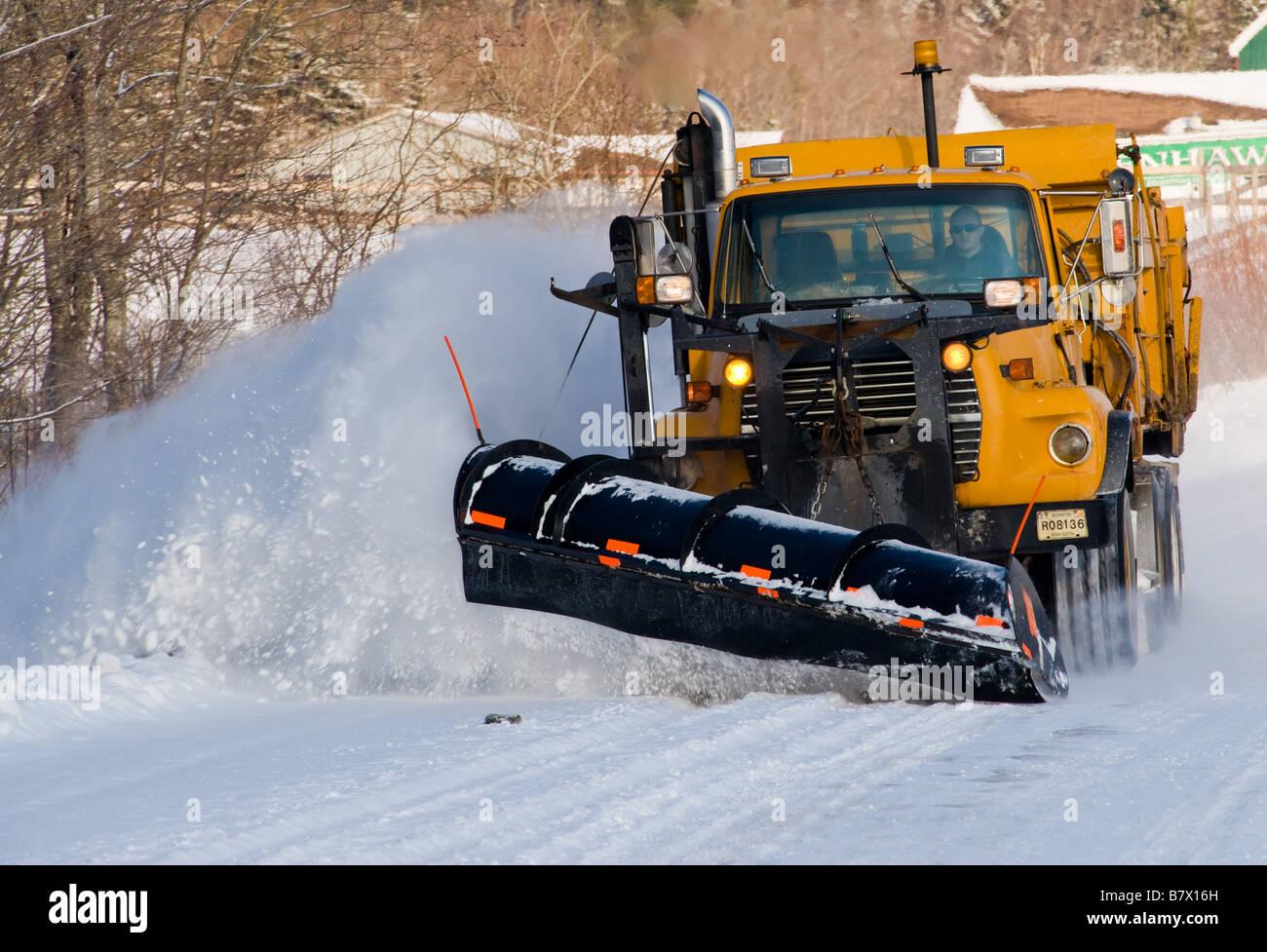 Ohio City Transitioning To Cng Snow Plow Trucks Green Fleet