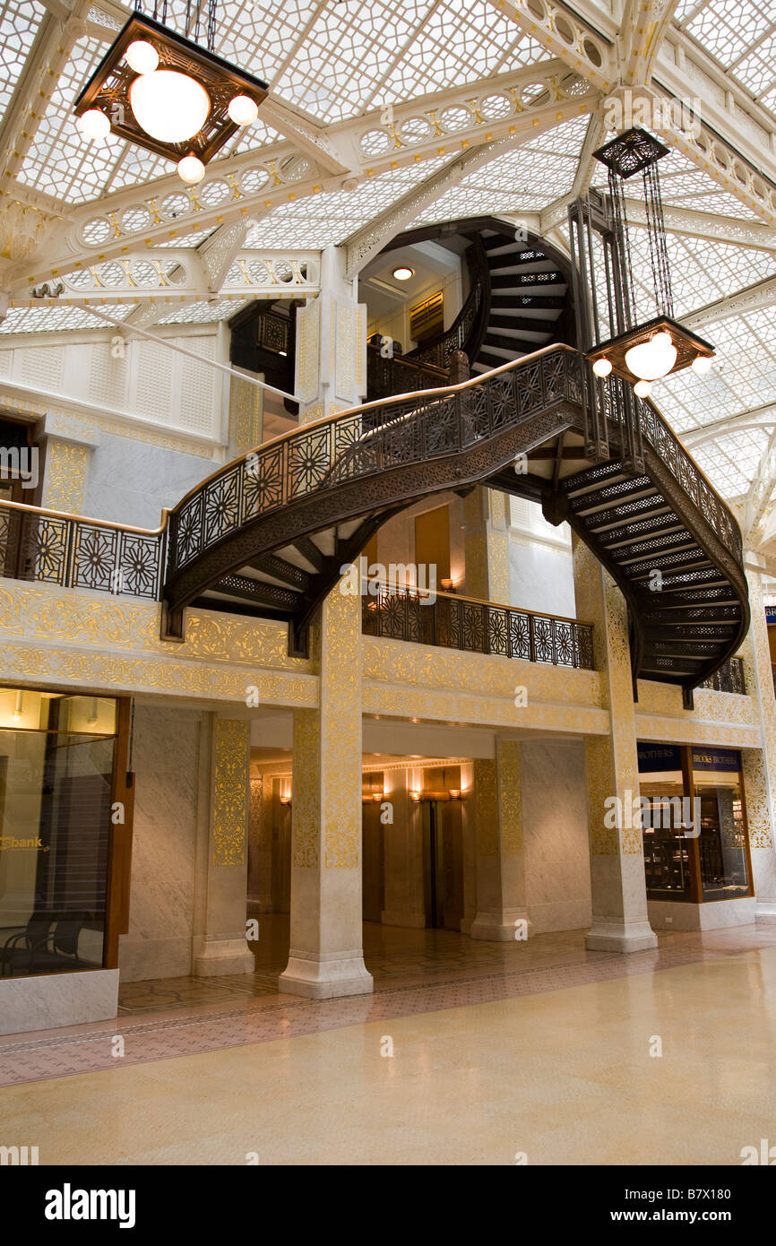 ILLINOIS Chicago Lobby interior of Rookery building designed by Frank Lloyd Wright stairway Stock Photo