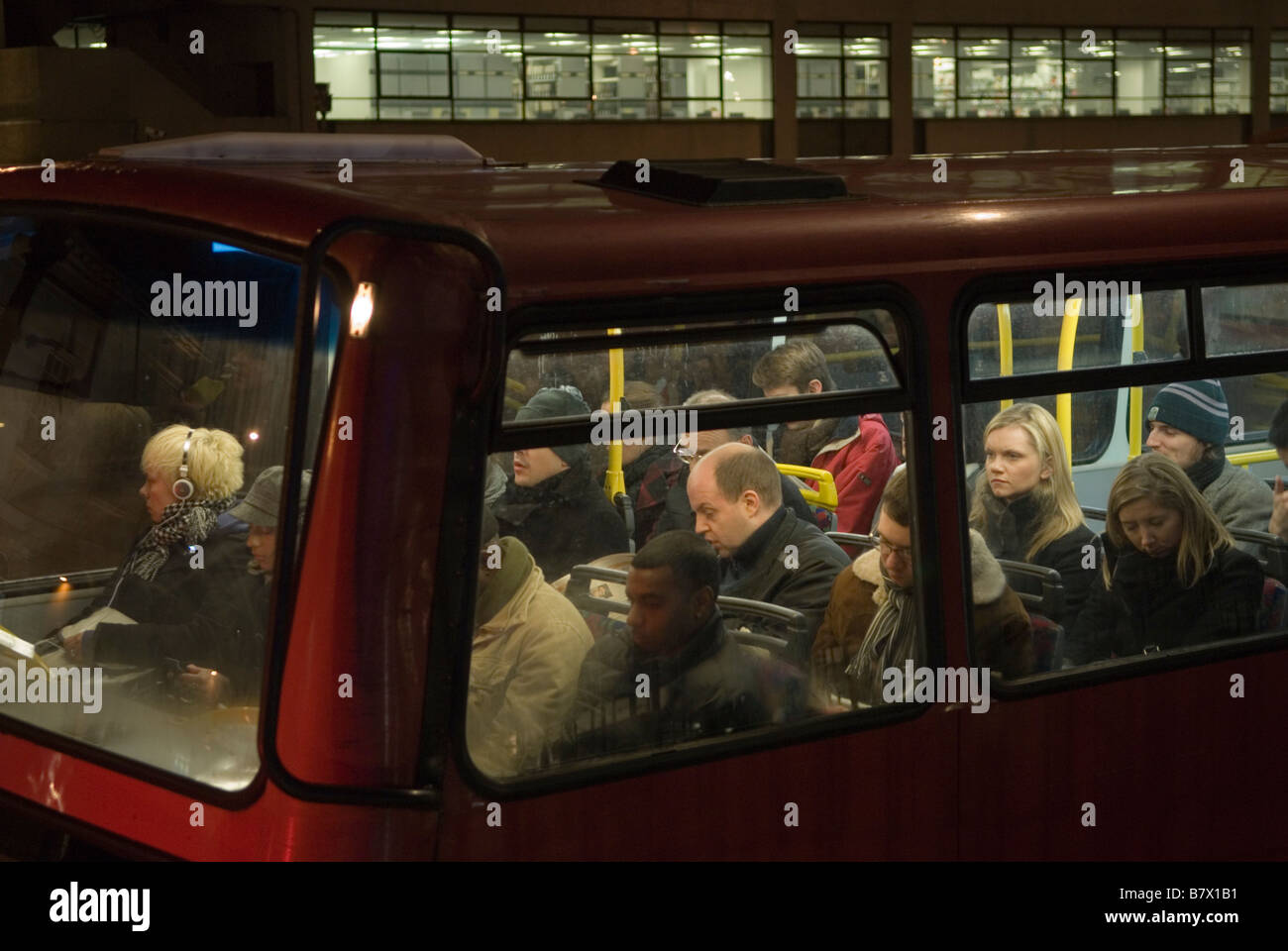 london transport bus commuters going home after work south london rh alamy com DIY School Bus Home Conversion Inside Bus Homes