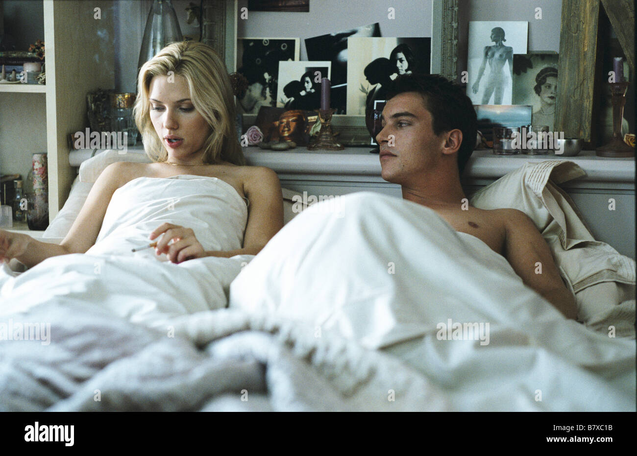 Match point  Year: USA 2004 -  Scarlett Johansson, Jonathan Rhys-Meyers  Director: Woody Allen - Stock Image