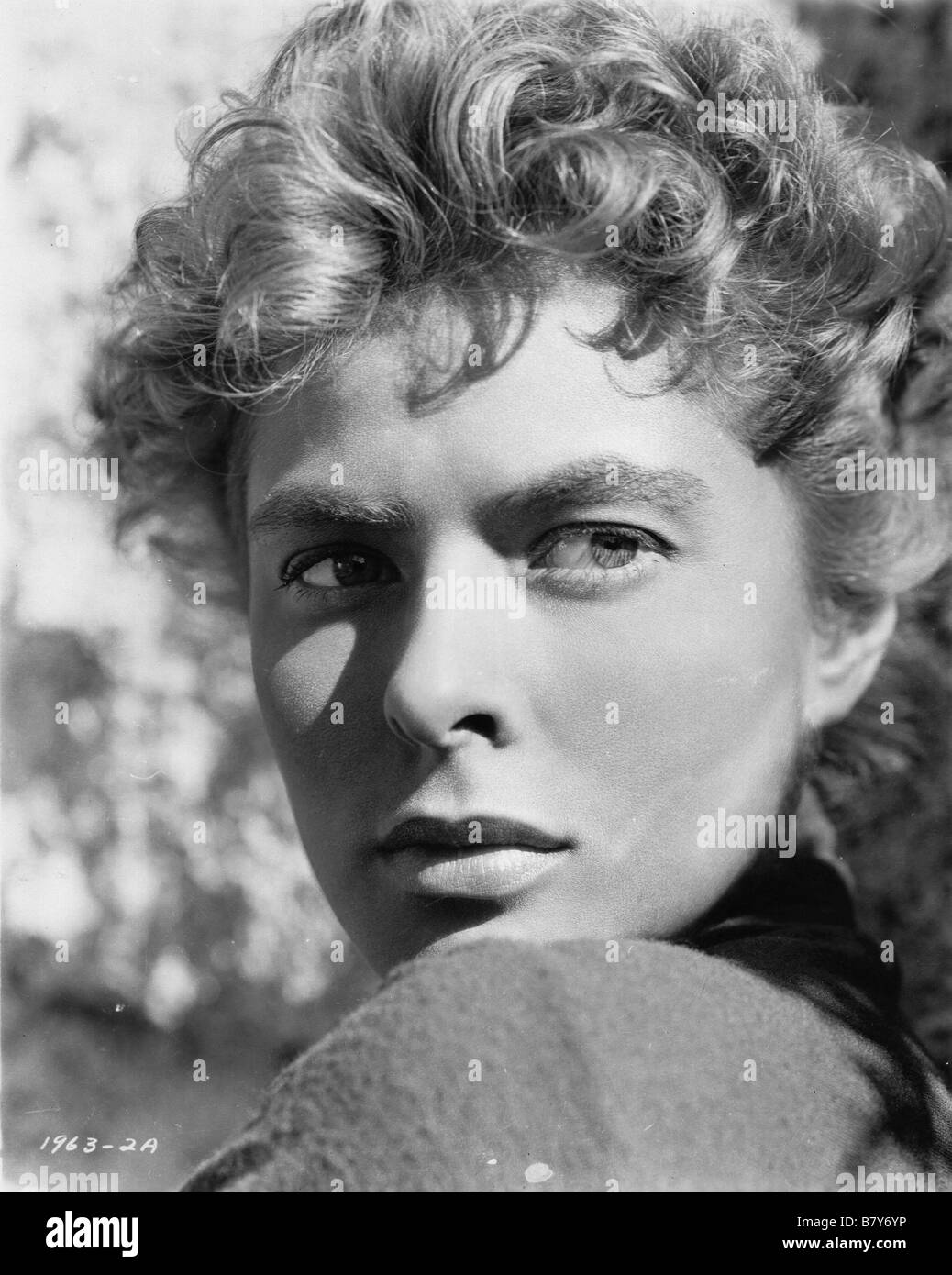For Whom the Bell Tolls  Year: 1943 Director: Sam Wood Ingrid Bergman - Stock Image