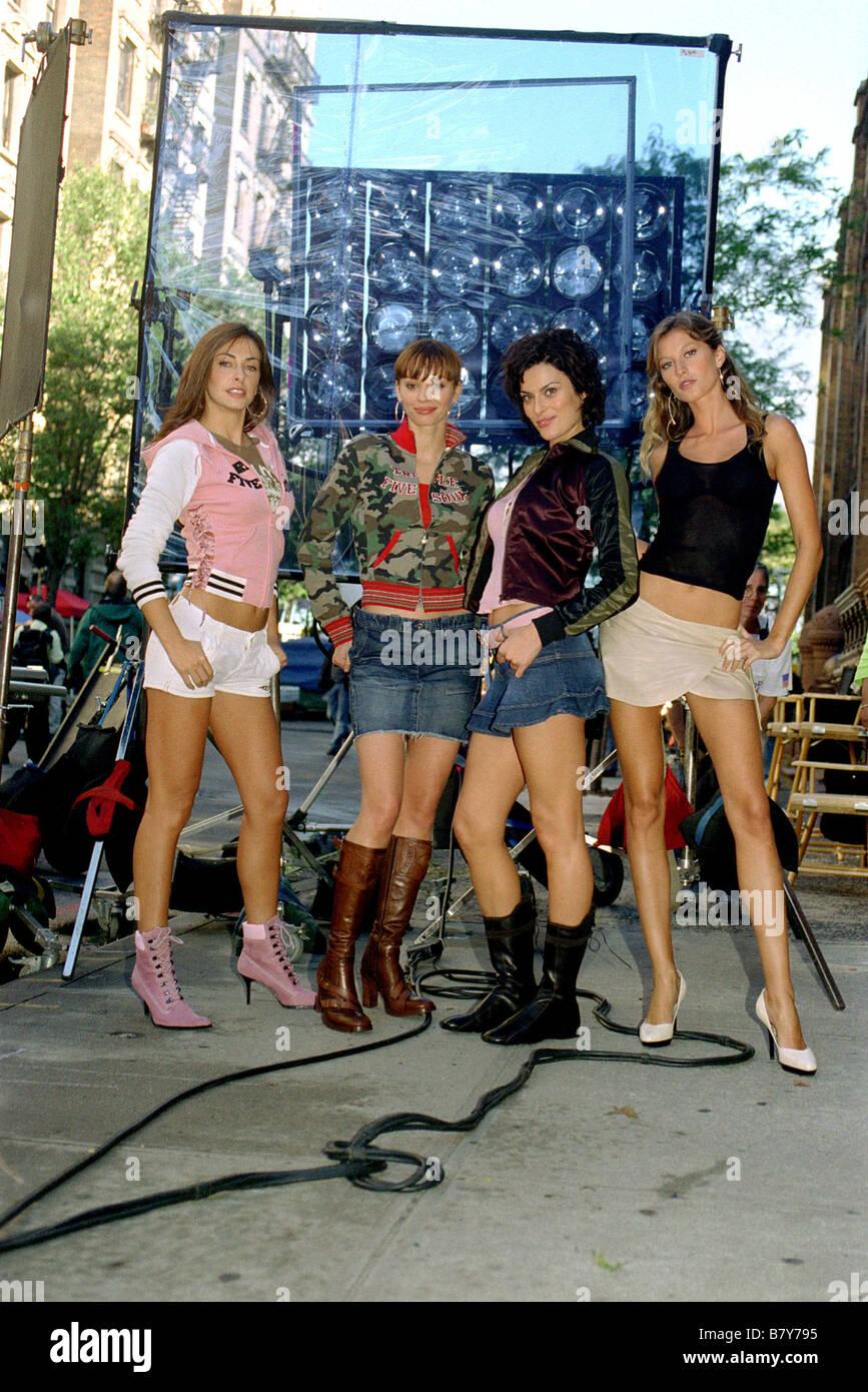 Taxi Year: 2004 USA Director: Tim Story Ingrid Vandebosch, Ana Cristina De Oliveira , Magali Amadei, Gisele Bundchen - Stock Image