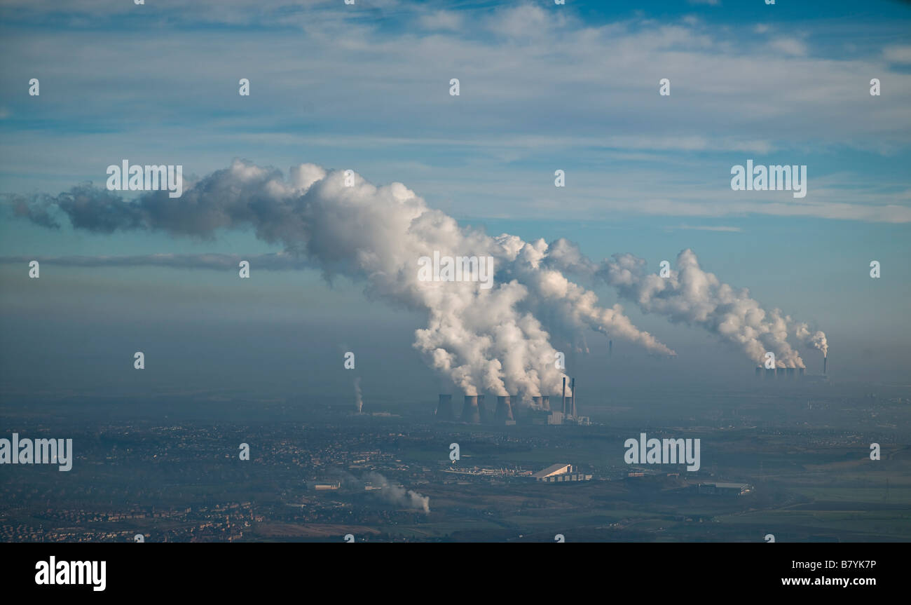 Ferrybridge, Eggborough and Drax Coal Fired Power Stations, Yorkshire, Northern England - Stock Image