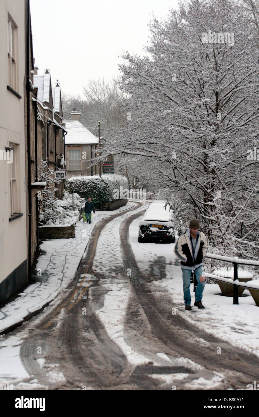 Fresh snow fall in Willow Vale, Frome - Stock Image
