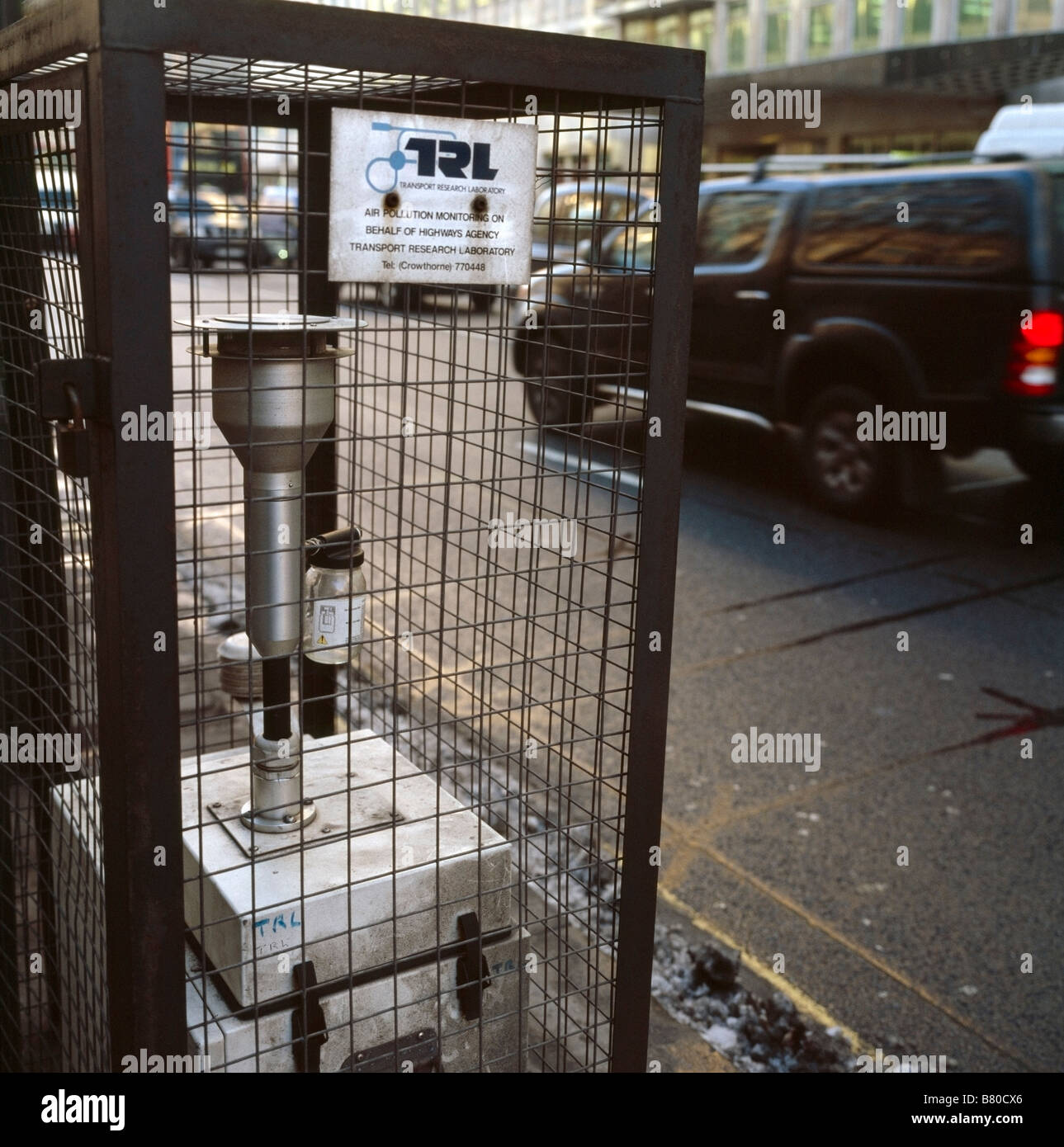 Air pollution monitoring equipment. Victoria Street, Westminster, London, England, UK. - Stock Image