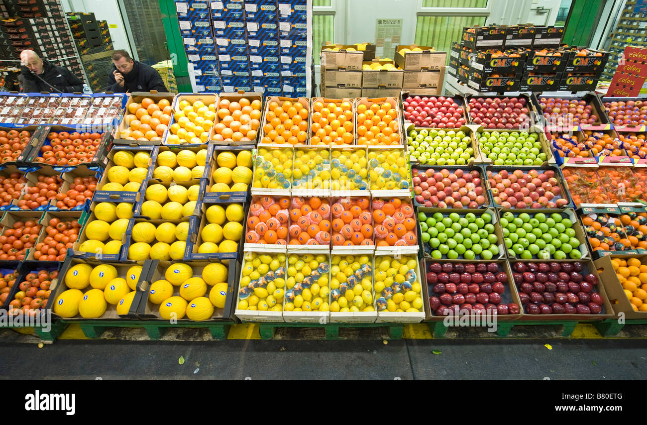 Waterfall Fruit And Veggie Displays: Large Display Of Fruits At New Covent Garden Fruit And