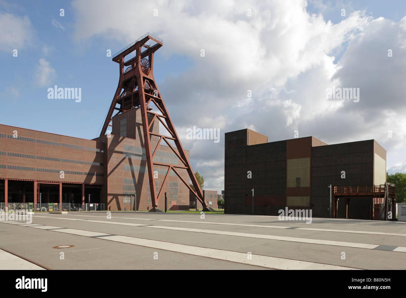 Essen, Zeche Zollverein, Zentraler Schacht XII, Förderturm - Stock Image