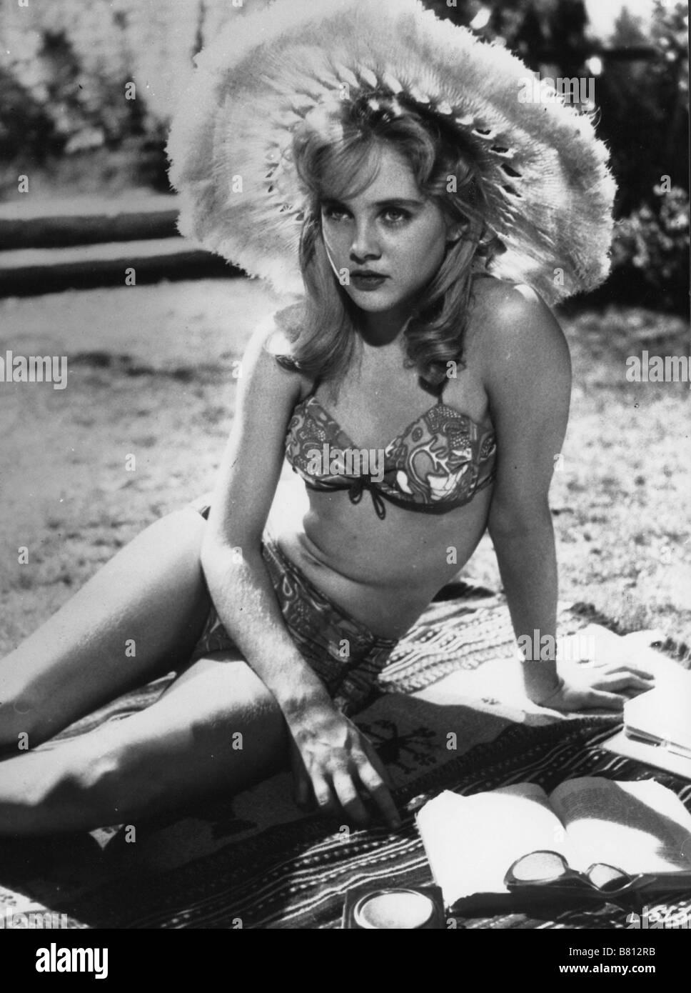 Lia Beldam Nude Photos 84