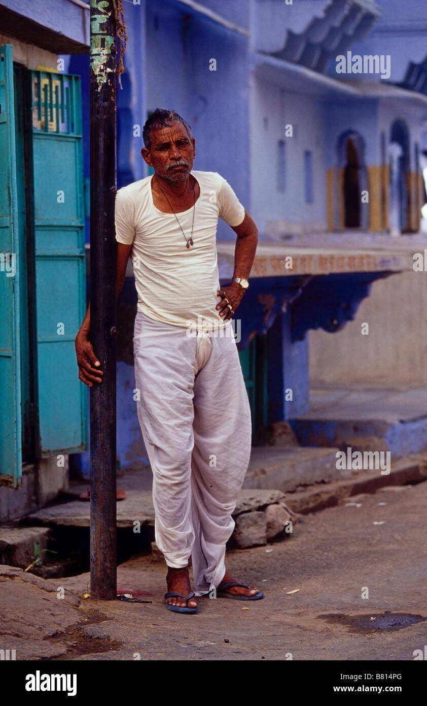 9ac0ad2c0b Indian man wearing traditional attire ( a lungi / dothi ) - Stock Image