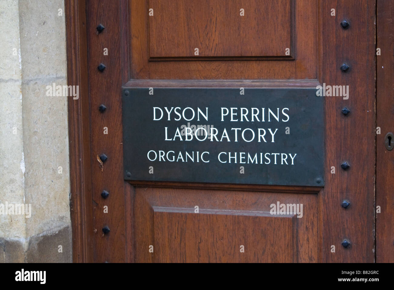 Shot taken outside the Dyson Perrins Laboratory of Organic Chemistry, part of Oxford University, Oxford Stock Photo