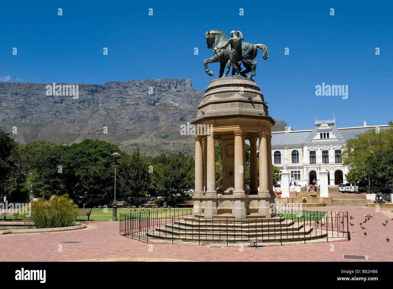 Brotherhood Monument Cape Town commemorating the South Africans died in the wars of 1914-18 and 1939-46 South Africa - Stock Image