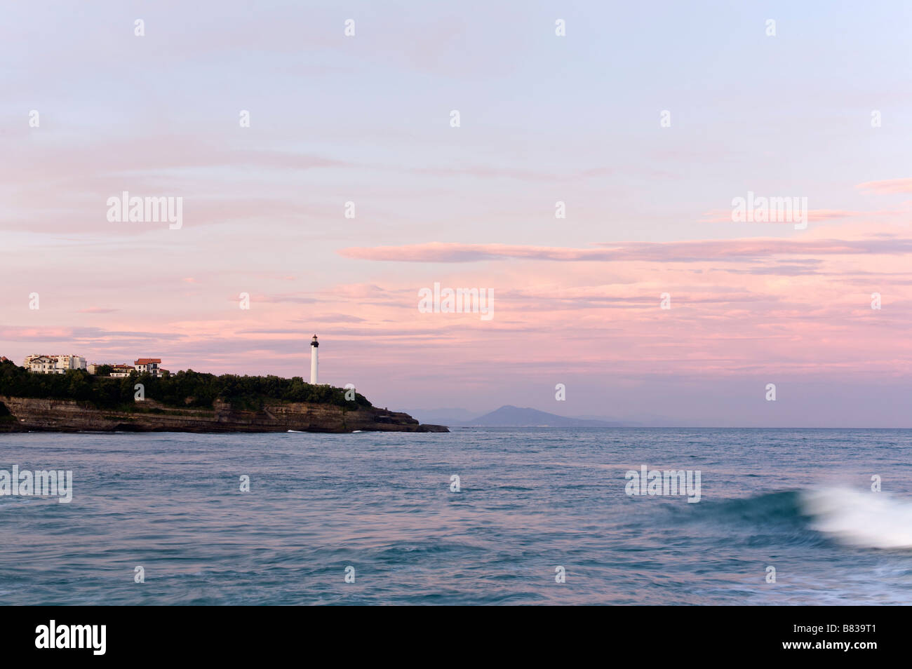 Dawn on the Chambre d Amour beach in Anglet France - Stock Image