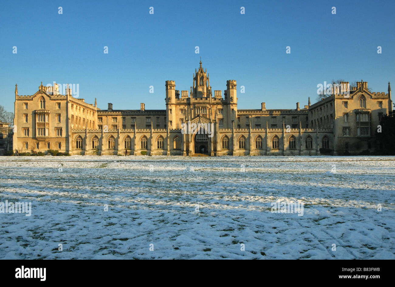 The New Court of St John's College Cambridge after a winter snowfall - Stock Image