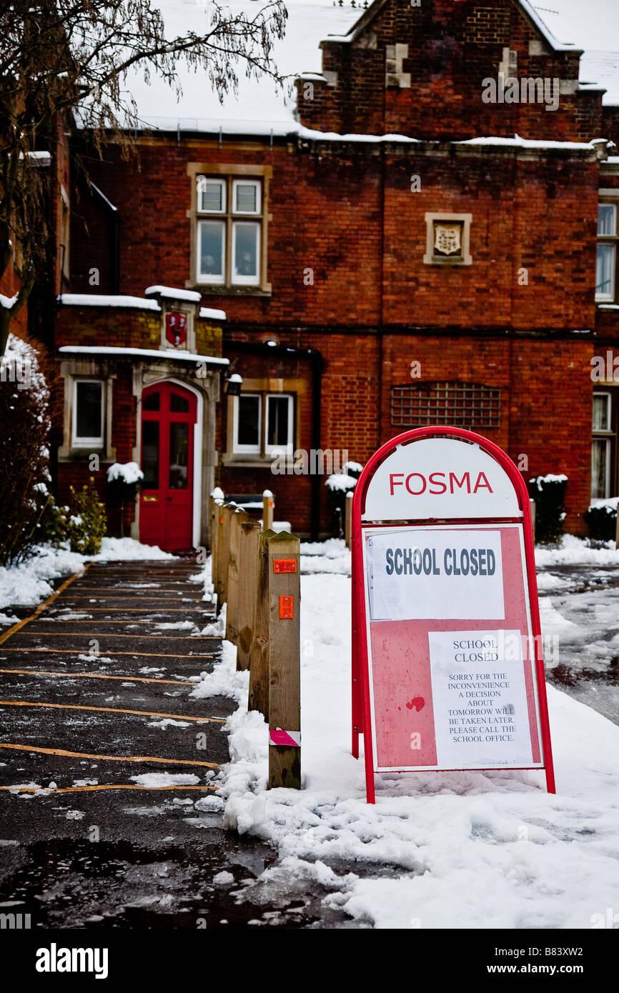 School Closed Sign Snow Stock Photos & School Closed Sign