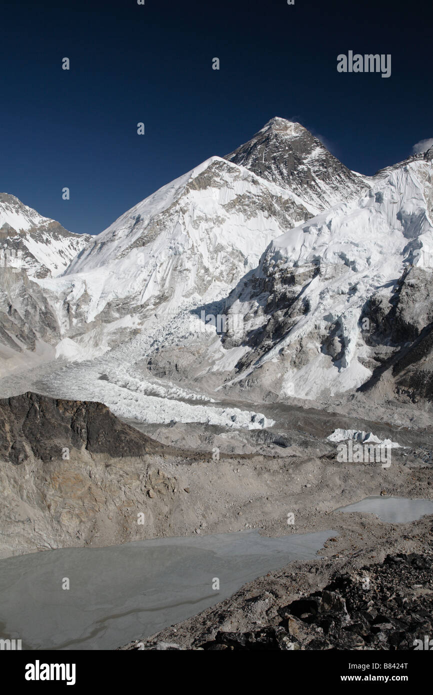 View of the Mount Everest and the Khumbu icefall from the summit of Kala Patthar - Stock Image
