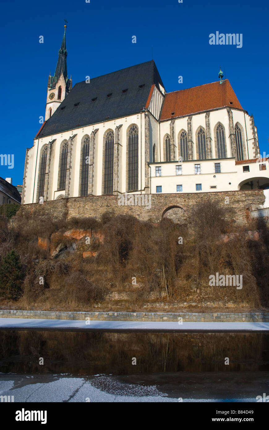 St Vitus cathedral by River Vltava in Cesky Krumlov Czech Republic Europe - Stock Image