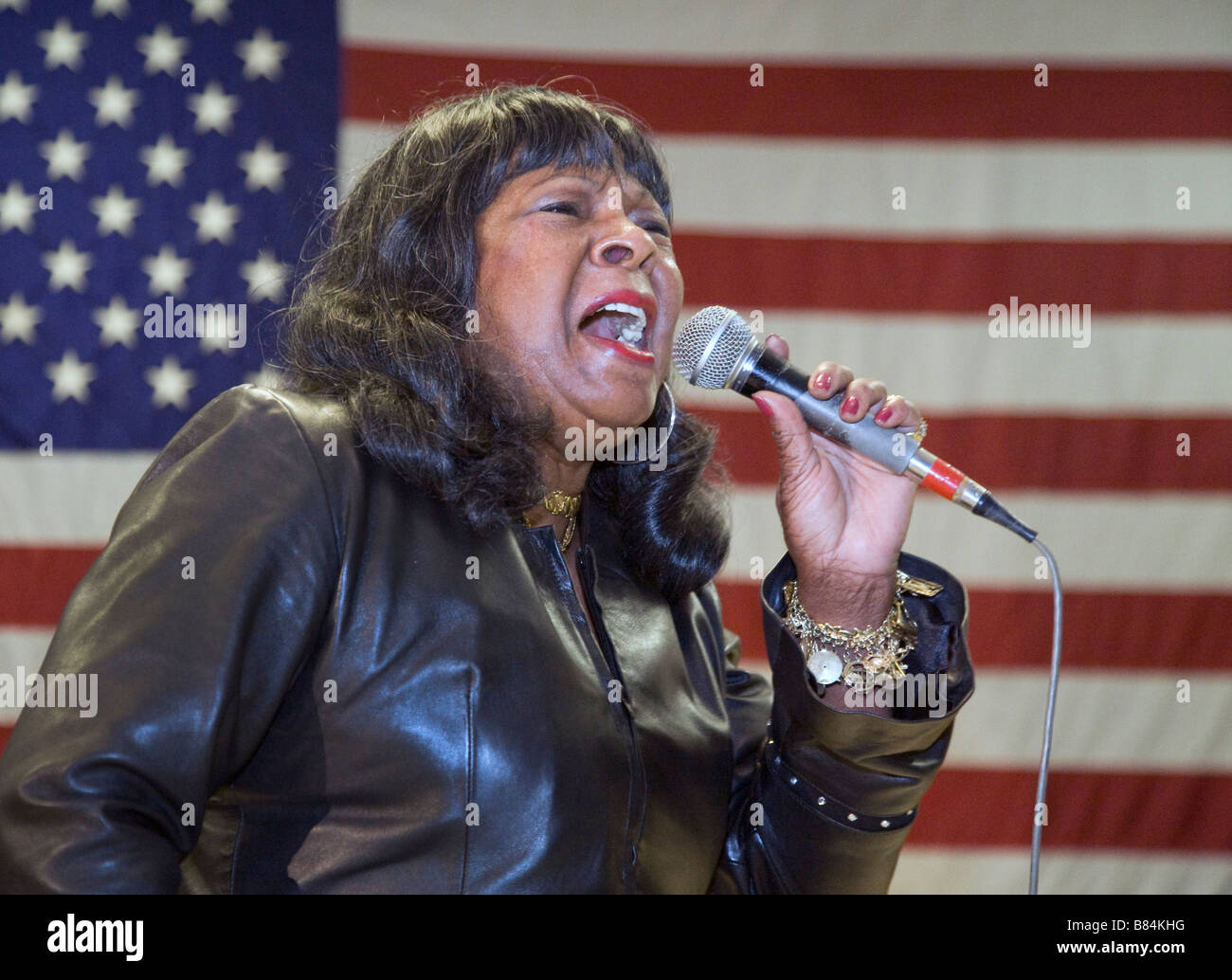 Detroit Michigan Motown singer and Detroit City Councilwoman Martha Reeves sings her hit Dancing in the Street - Stock Image