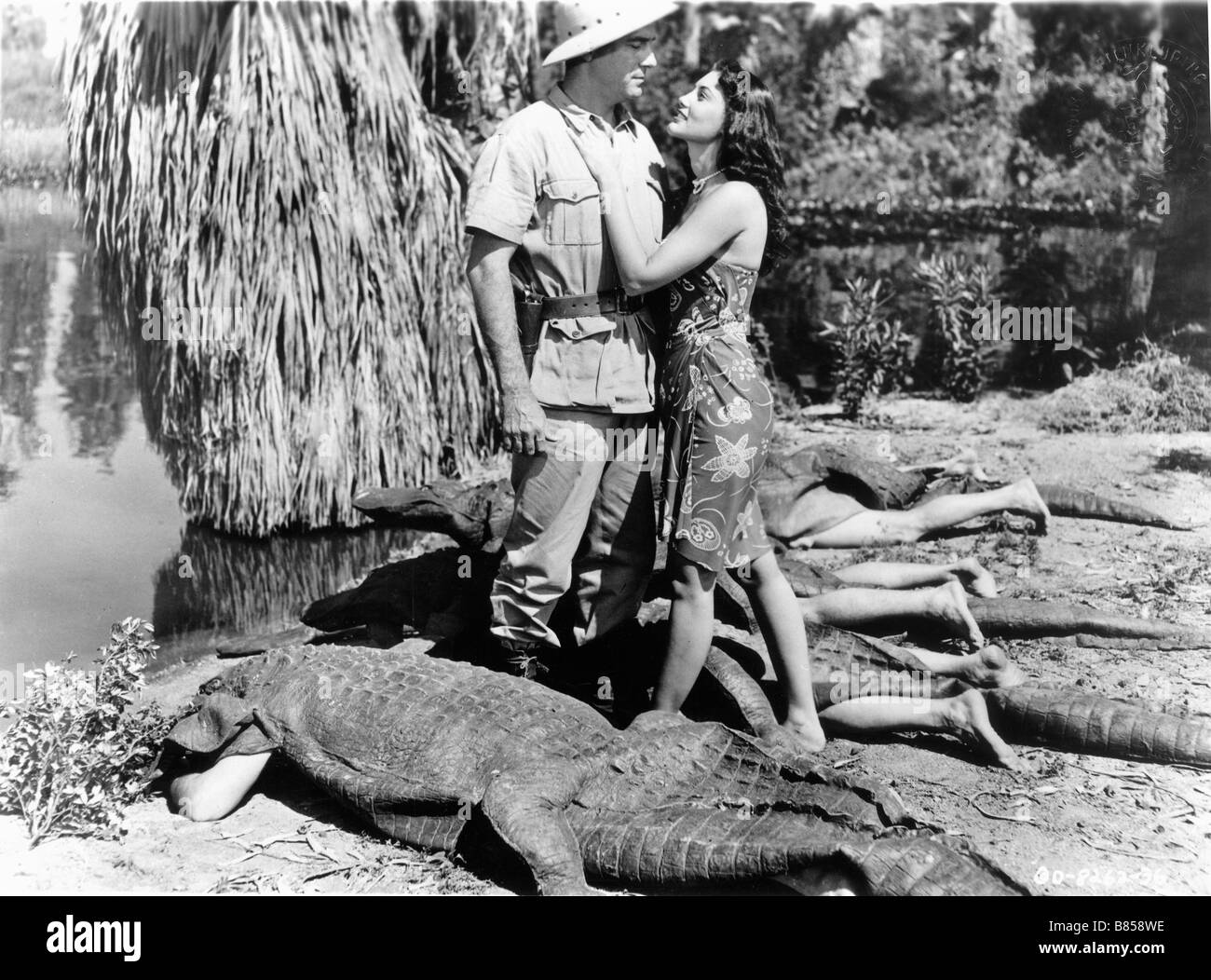 Cannibal Attack  Year : 1954 Director : Lee Sholem Johnny Weissmuller, Judy Walsh - Stock Image