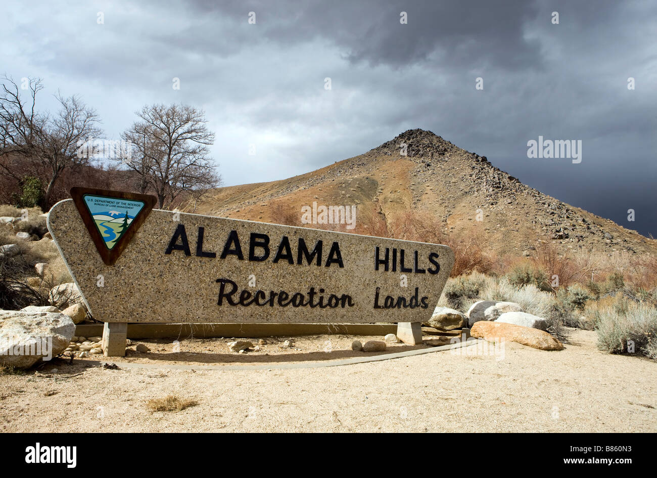 BLM welcome sign for Alabama Hills Recreation Lands Lone Pine California - Stock Image
