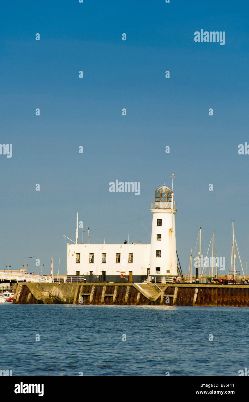 Lighthouse and Harbour South Bay Scarborough - Stock Image