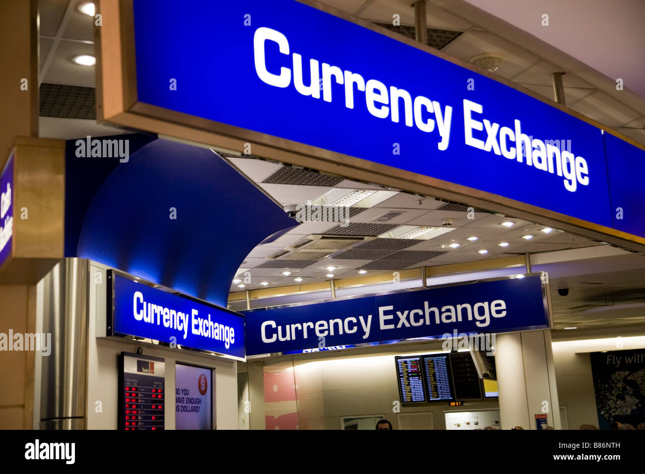currency rates airport stock photos currency rates airport stock images alamy. Black Bedroom Furniture Sets. Home Design Ideas