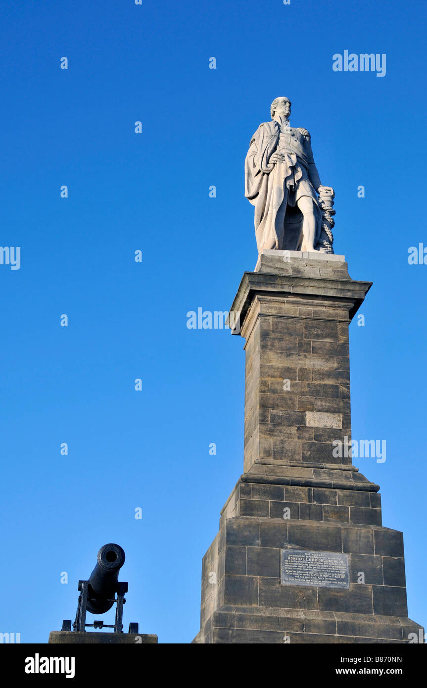 Collingwood Monument Admiral Lord Collingwood. Born the son of a Newcastle merchant in 1748, Cuthbert Collingwood Stock Photo