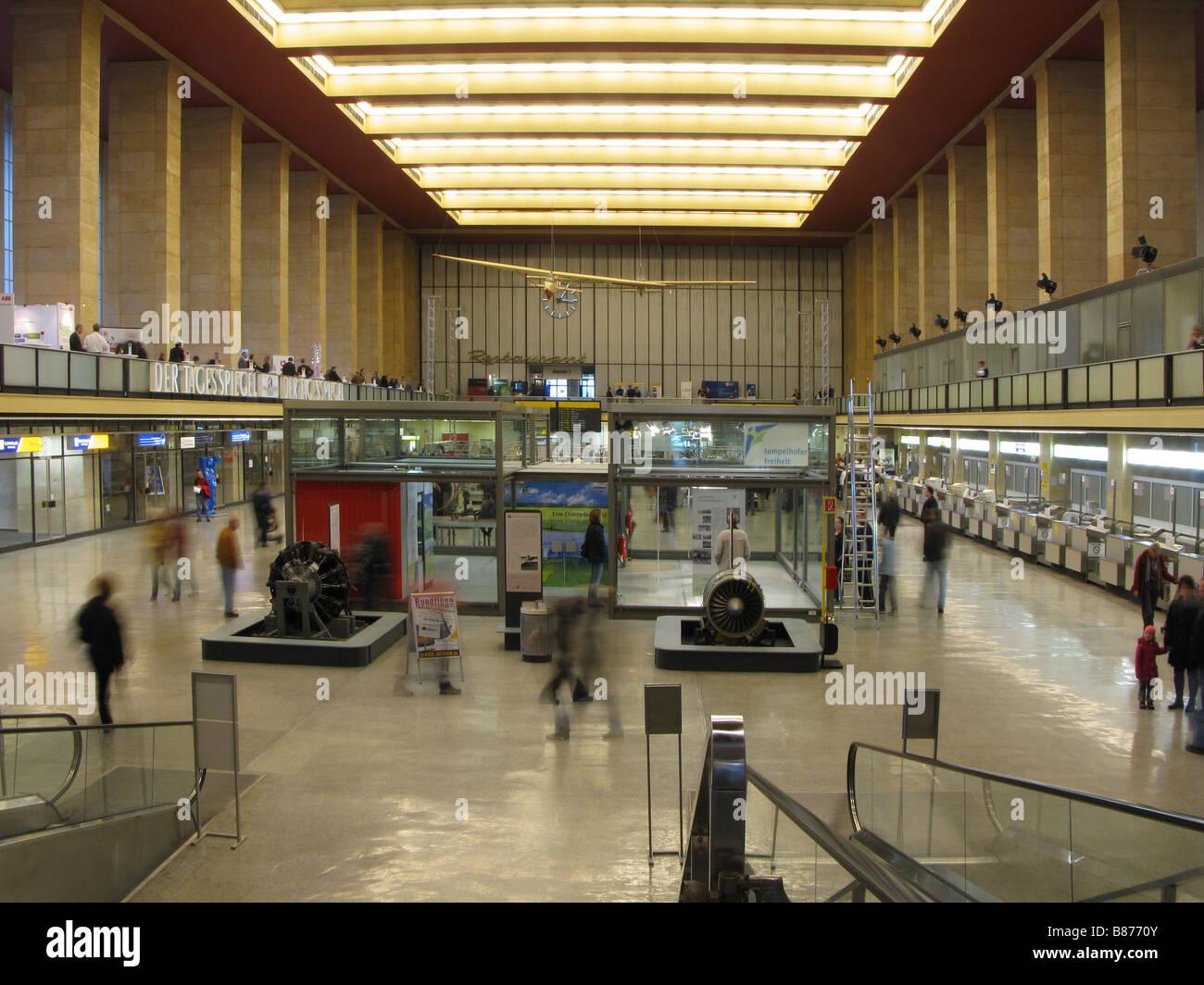 Berlin Flughafen Tempelhof - Stock Image