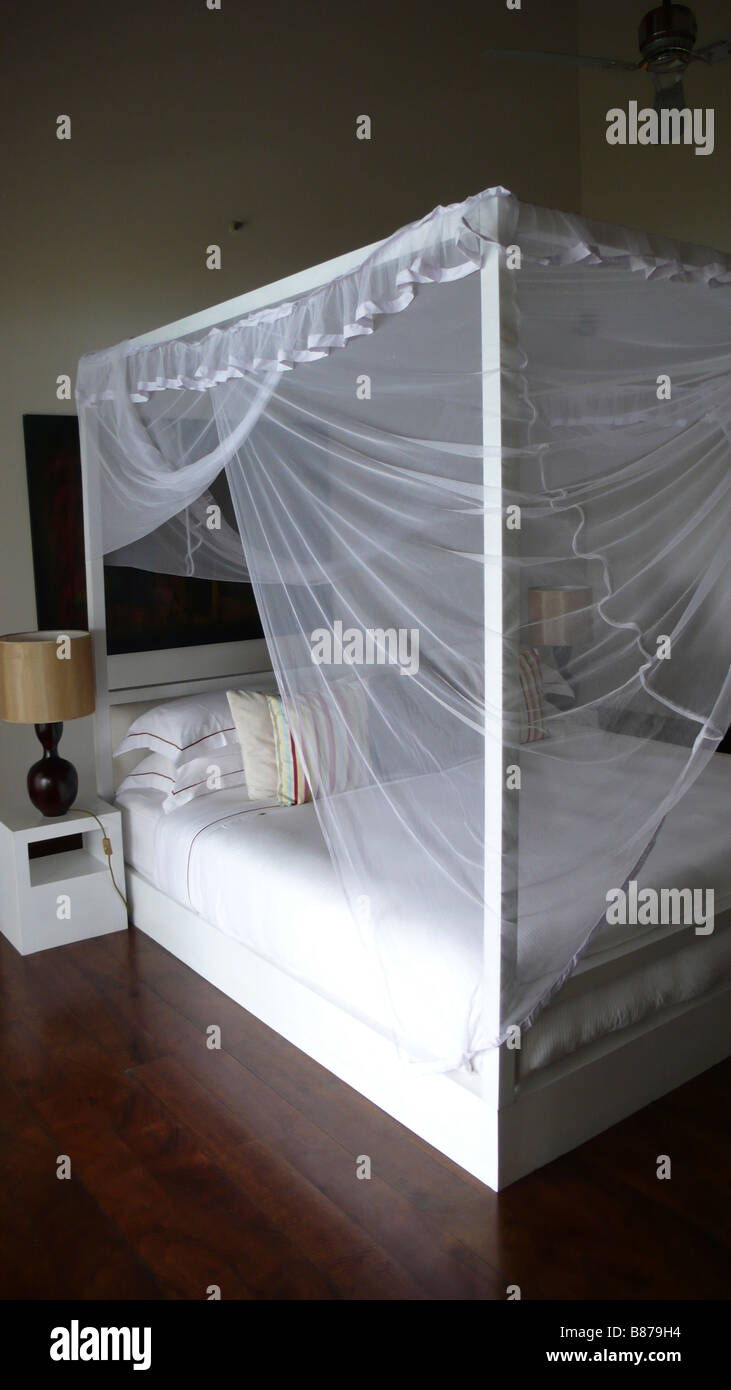 Four poster bed in Sri Lanka Hotel - Stock Image