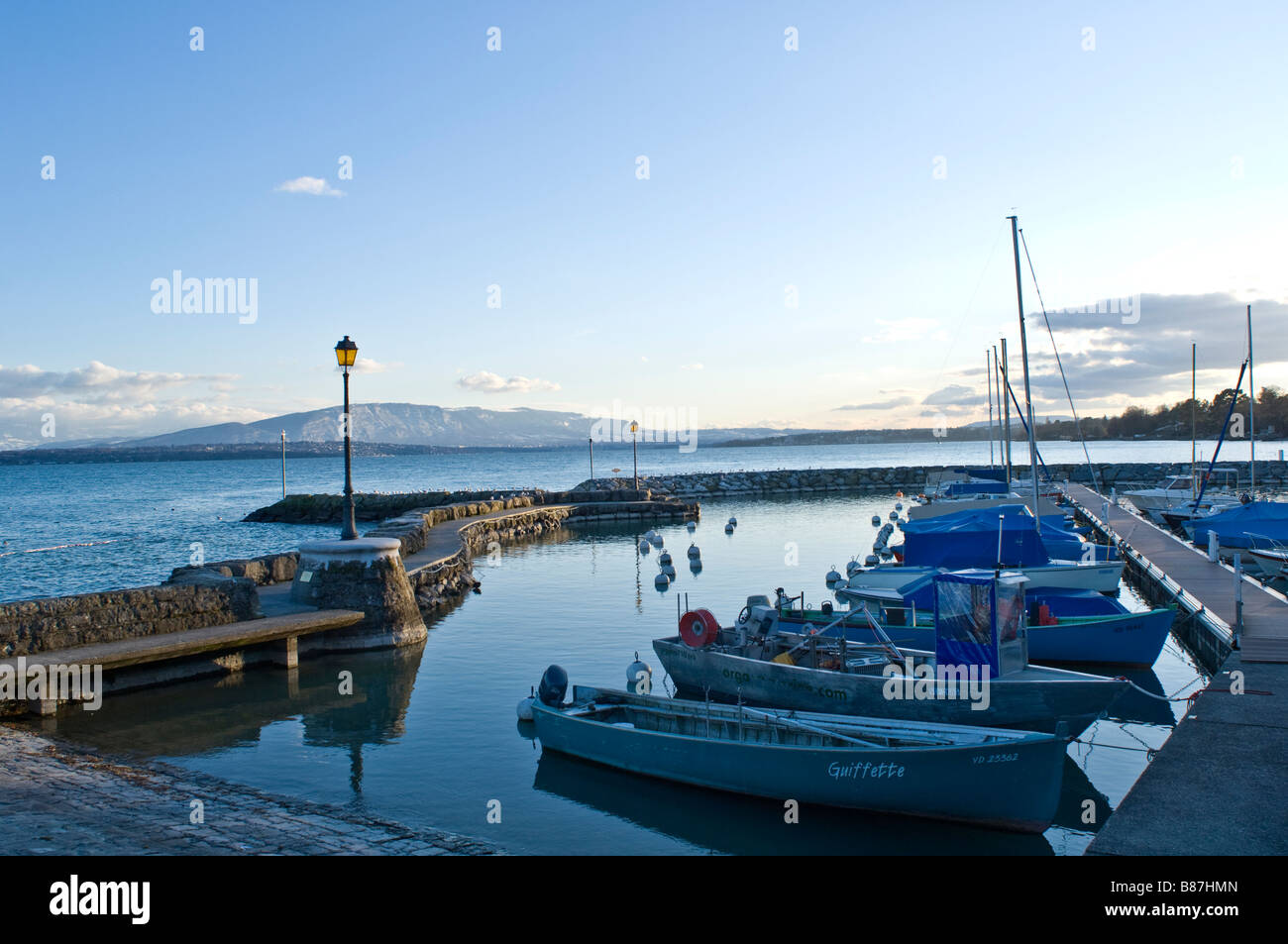 The port of Coppet on  the lake leman ( Geneva Lake ) in Coppet, Switzerland - Stock Image