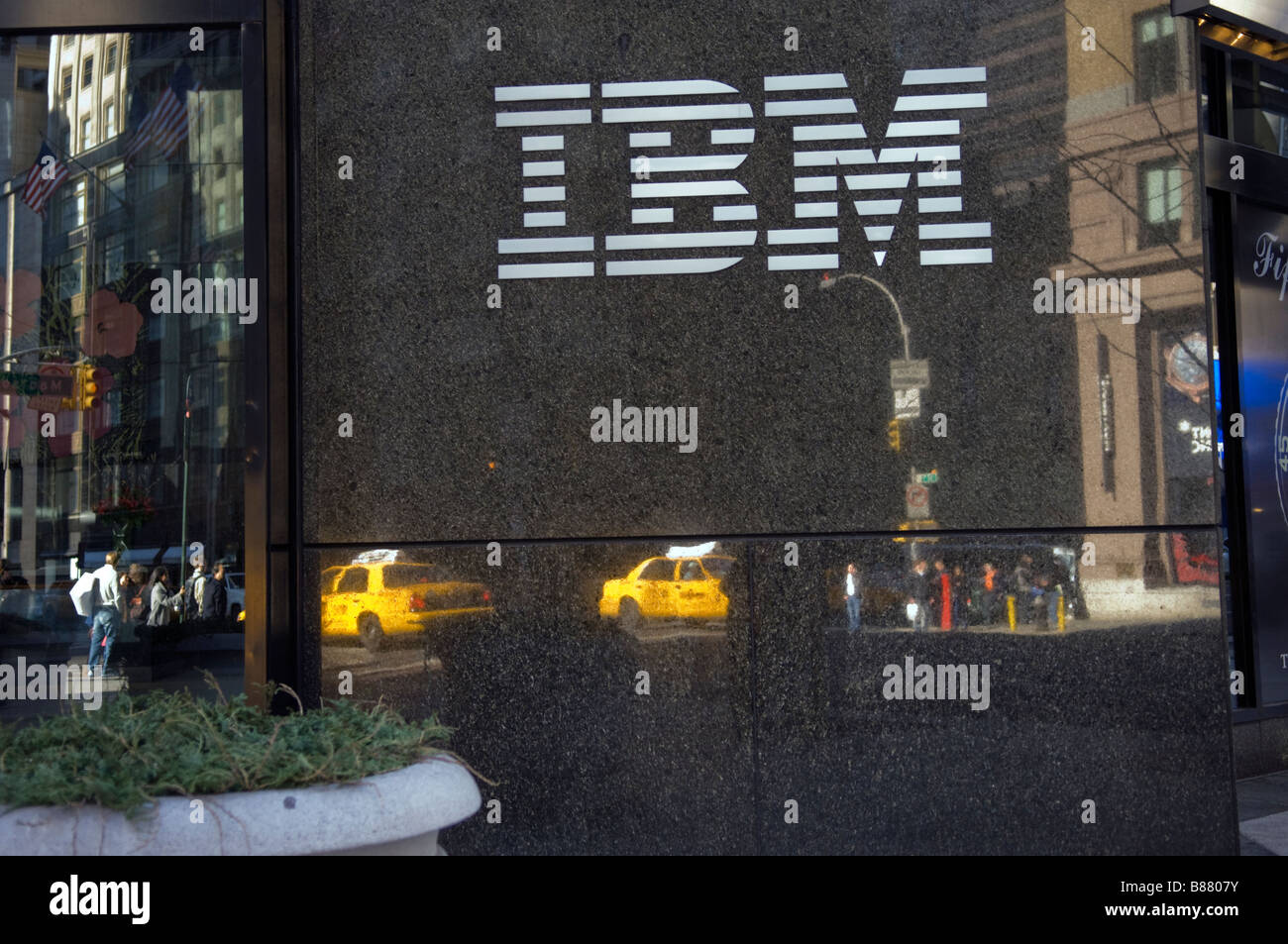 IBM building in midtown in New York on Sunday February 8 2009 Frances M Roberts - Stock Image