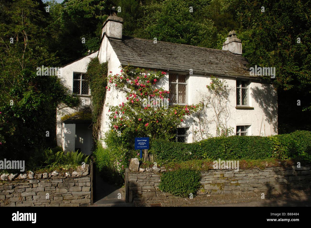 dove cottage grasmere former home of poet william wordsworth english rh alamy com dove cottage grasmere cumbria dove cottage grasmere entry fee