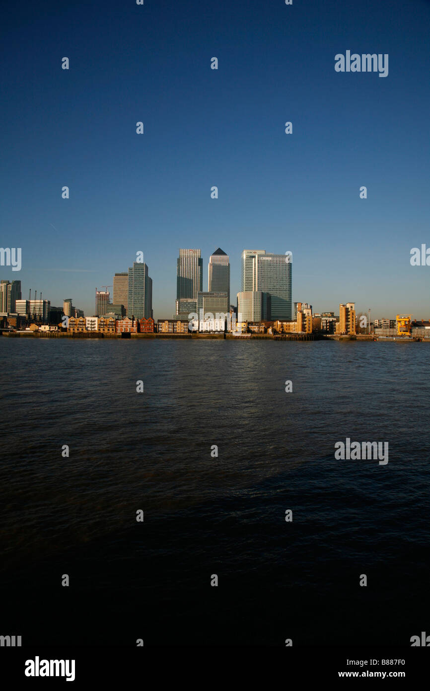 View across the River Thames from the Greenwich Peninsula to Canary Wharf, London - Stock Image