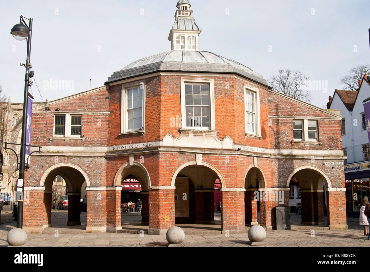 The historic corn market in the centre of High wycombe - Stock Image
