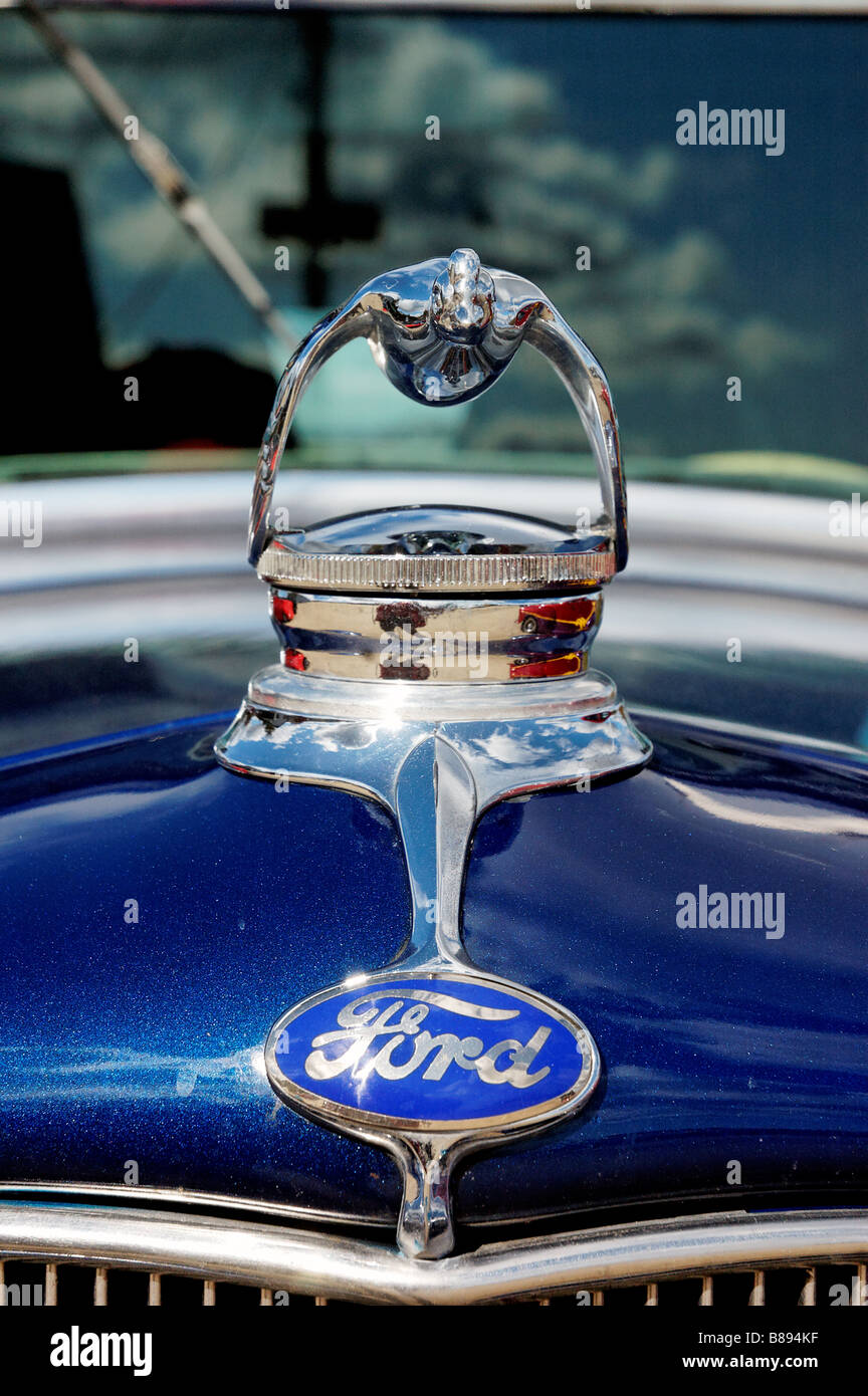 Engine Web together with  moreover Draagarmen Ford Sierra Capri as well Ford F Truck in addition The Flying Quail Hood Ornament On A Model A Ford B Kf. on 1954 ford f100