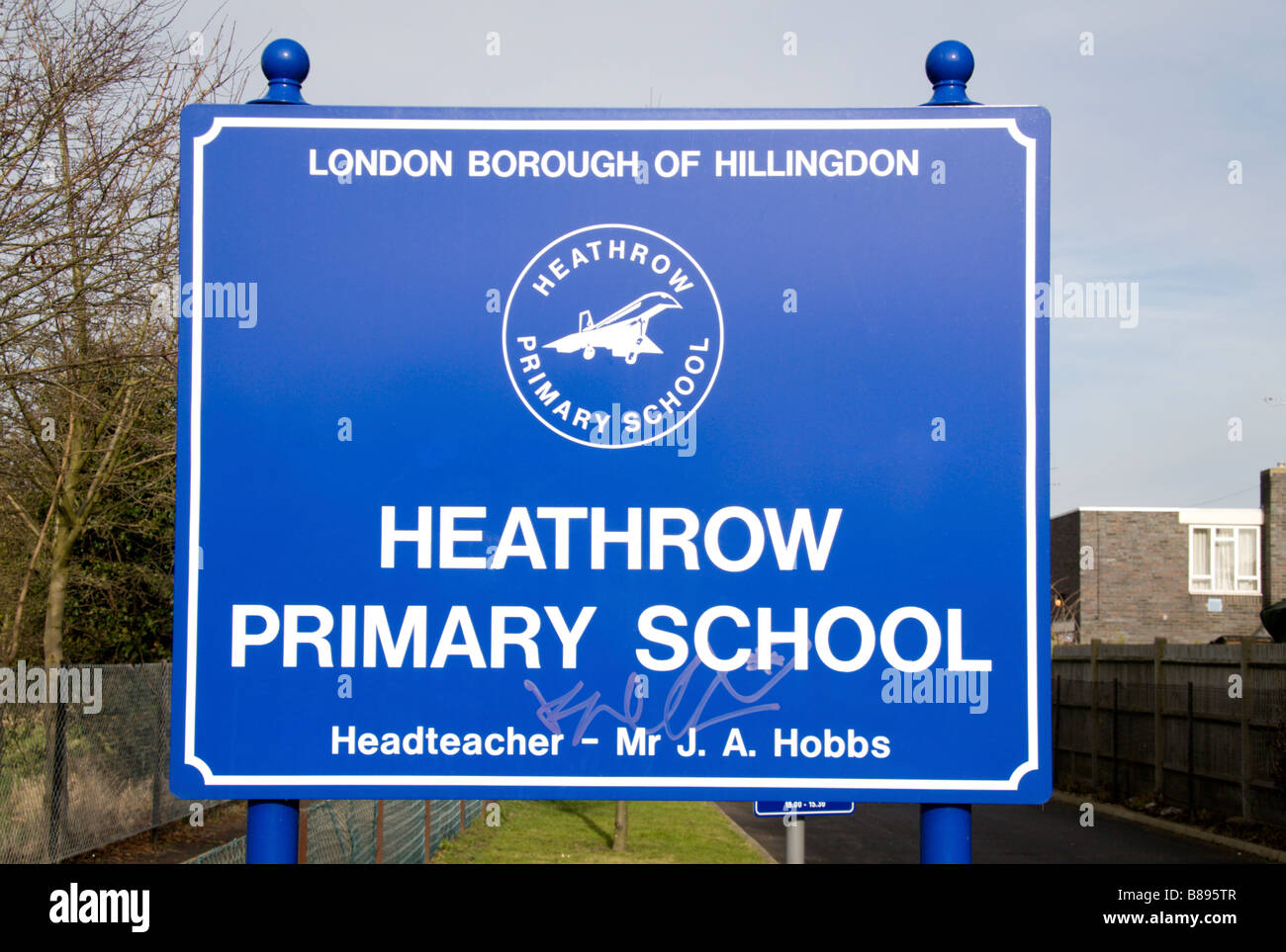The Heathrow Primary School, Sipson, which will disappear if Heathrow's proposed third runway goes ahead. - Stock Image