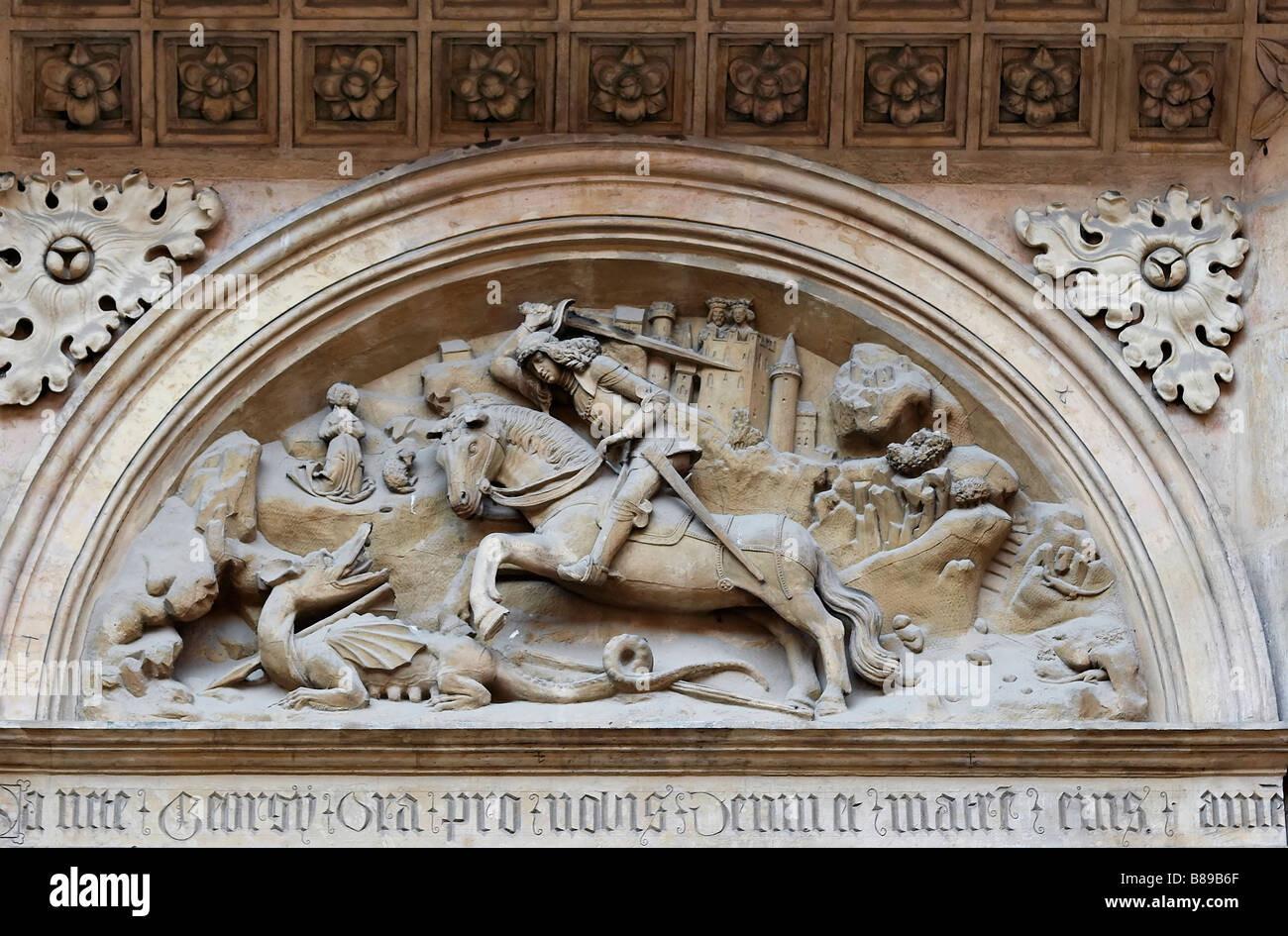 Anaglyph of the St George and dragon on the basilica St George on Prague castle - Stock Image