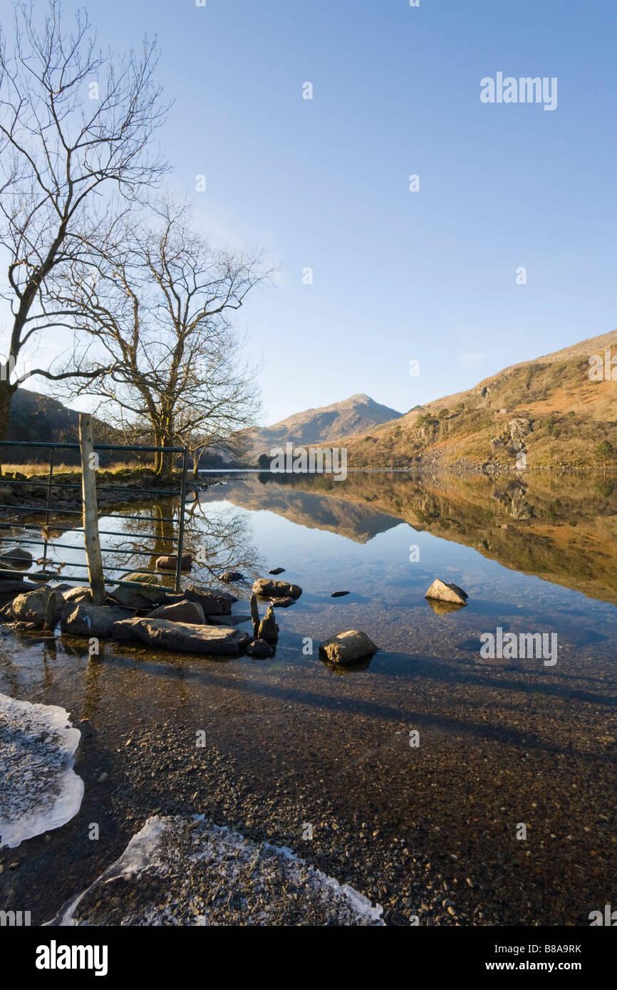 """Nant Gwynant Gwynedd North Wales UK View along Llyn Gwynant lake to Yr Aran in Snowdonia """"National Park"""" in winter Stock Photo"""