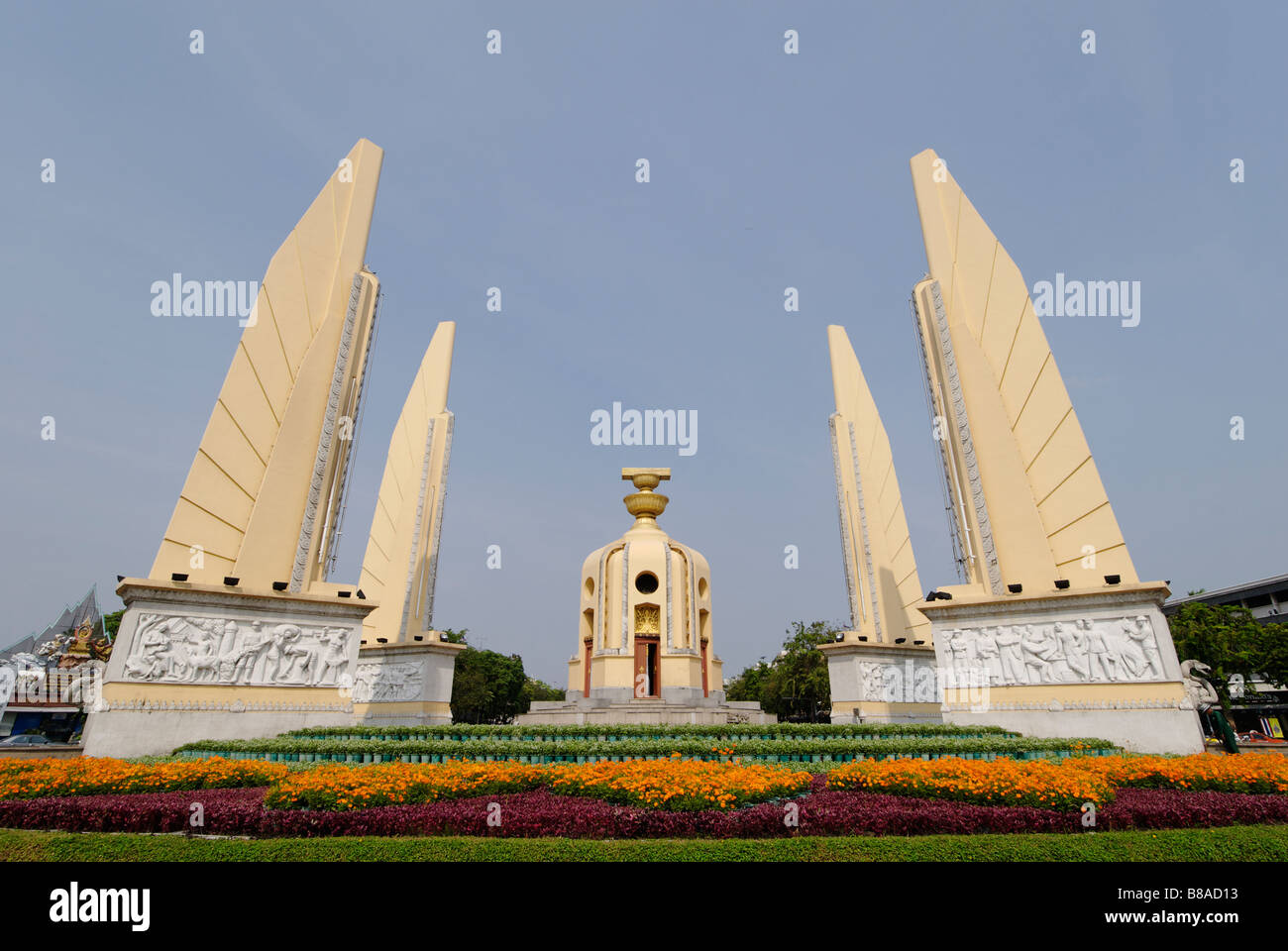 Democracy Monument built after the military overthrew the absolute monarchy in 1932 - Bangkok, Thailand - Stock Image