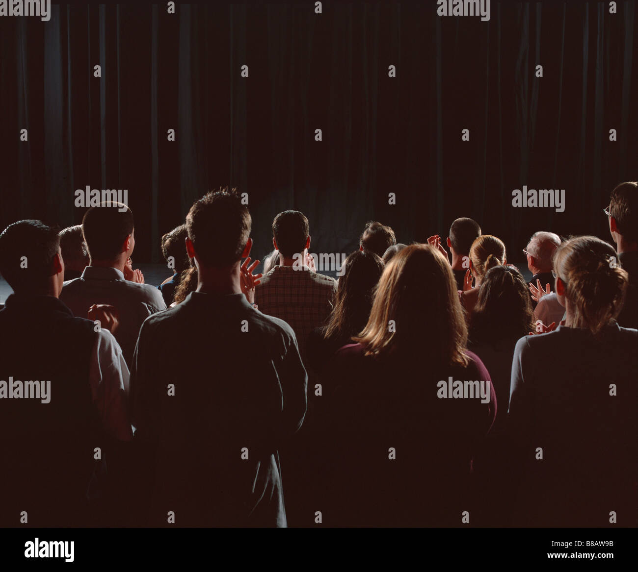 FV3473, Steve Lawrence; Audience Standing  Applauding - Stock Image