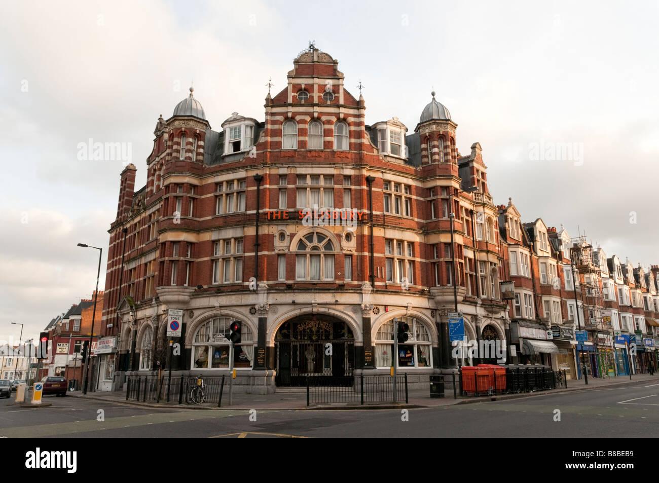 The Salisbury pub on Green Lanes in Haringey London England UK - Stock Image