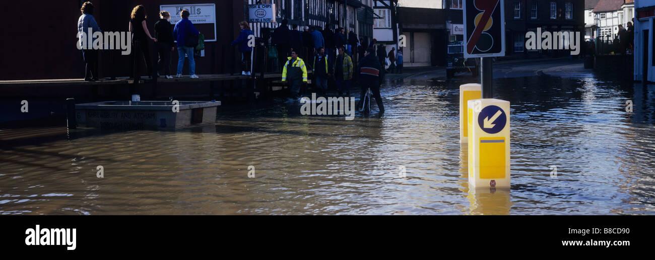 Floods Shrewsbury October 1998 - Stock Image