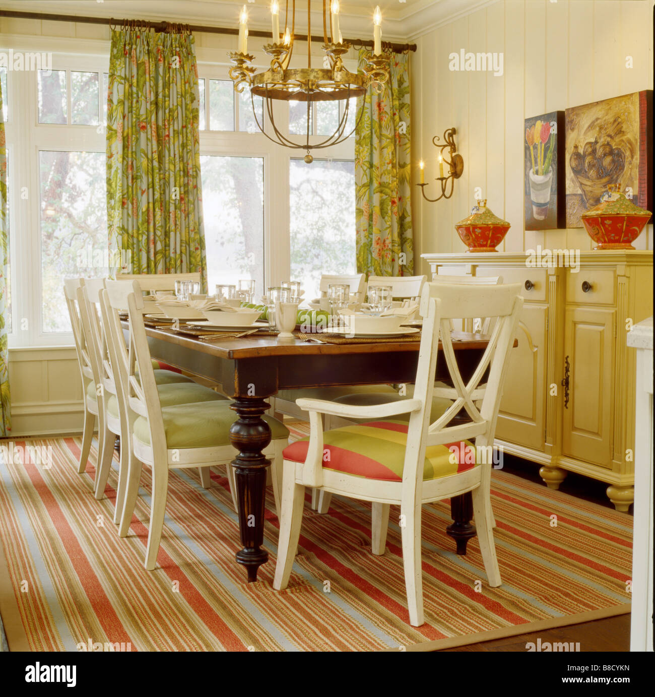 Country Style Breakfast Room Set Table Stock Photo: 22412761 ...