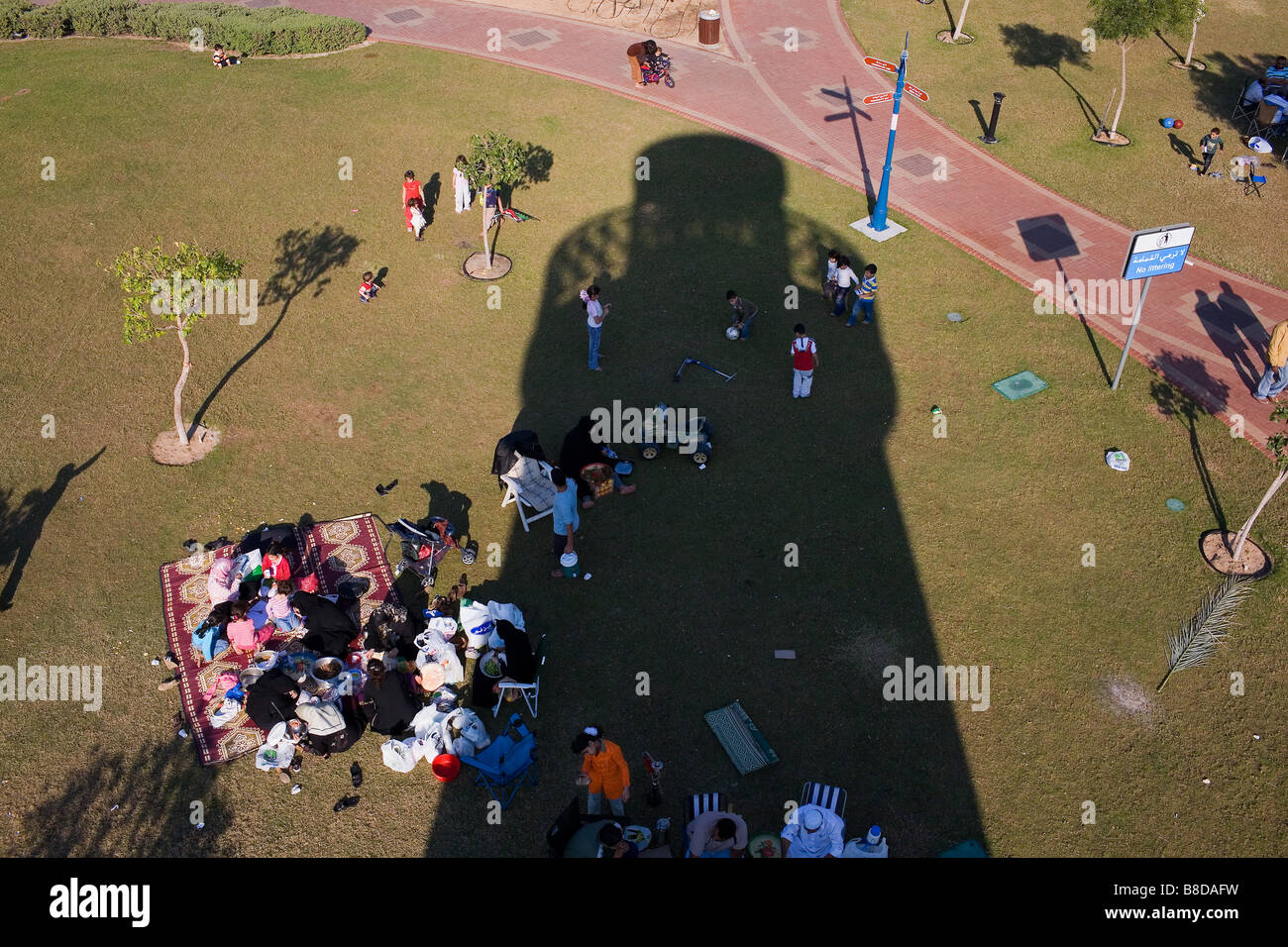 The shadow of a viewing tower in the Khalidiya family park - Stock Image