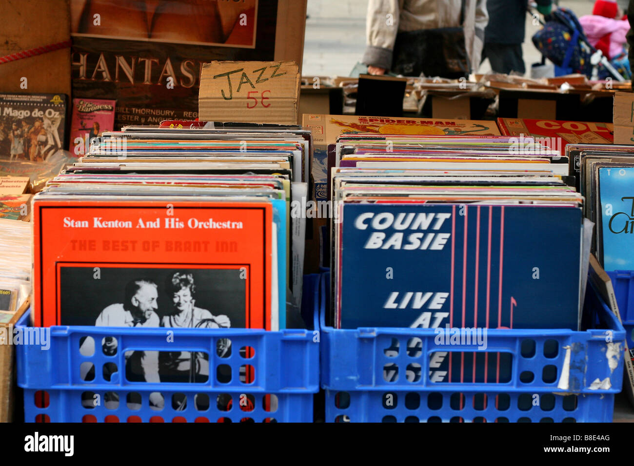 box of old vinyl jazz records at a market in barcelona spain - Stock Image