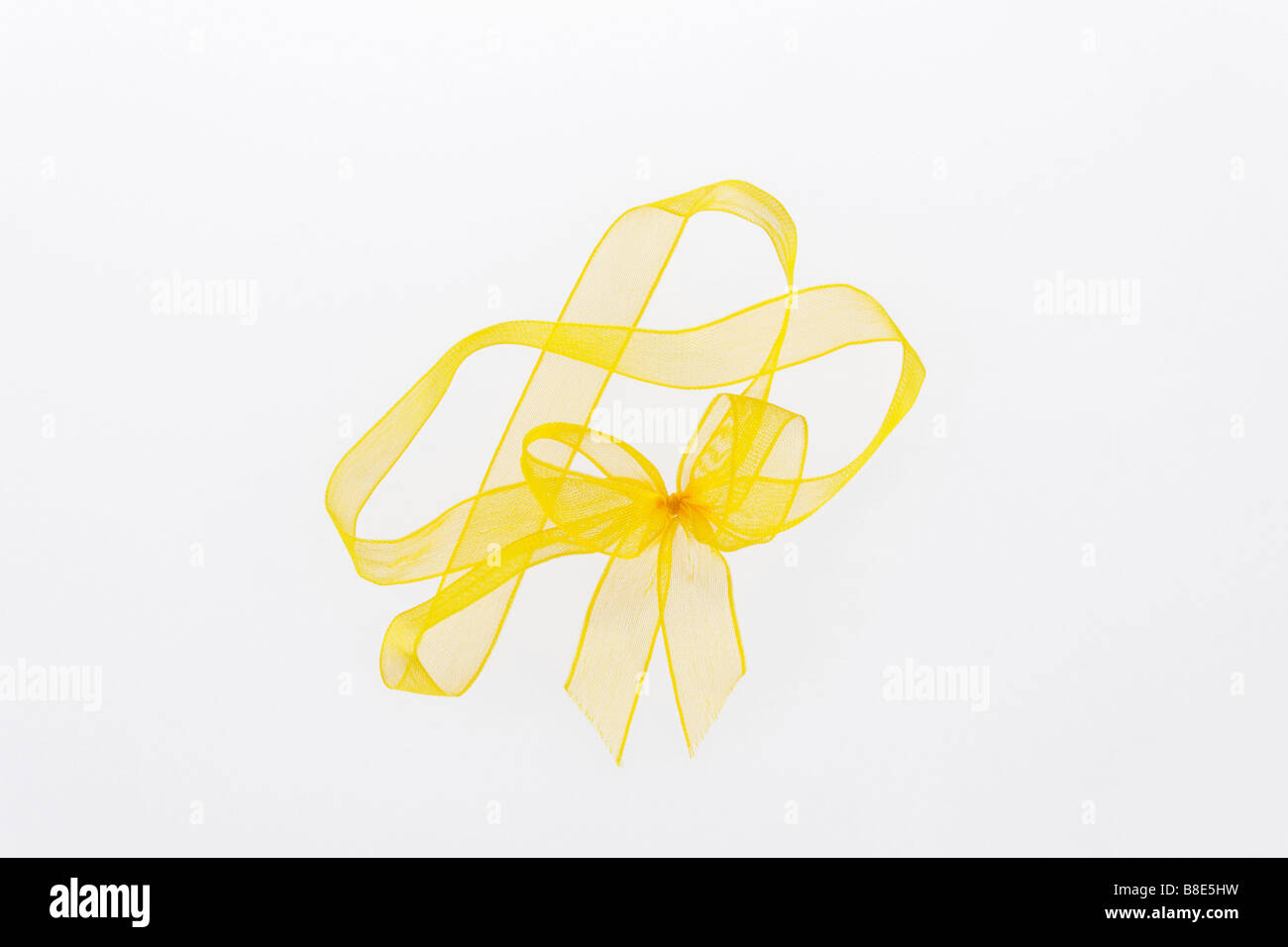 clip image yellow ribbon and bow - Stock Image